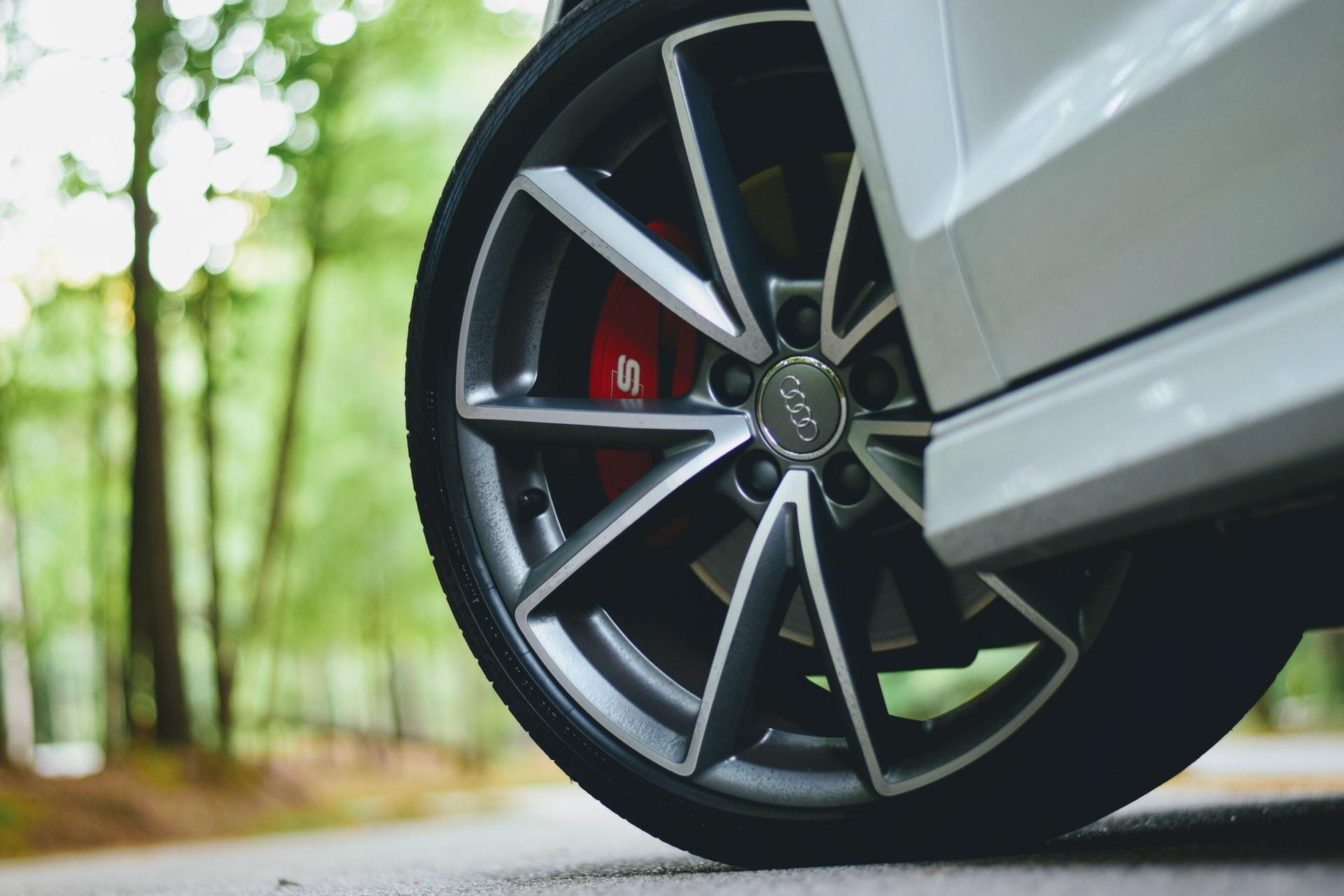 Избор на авто гуми за автомобила